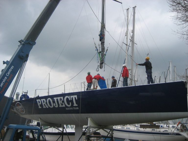 Mast Stepping Service Performance Rigging